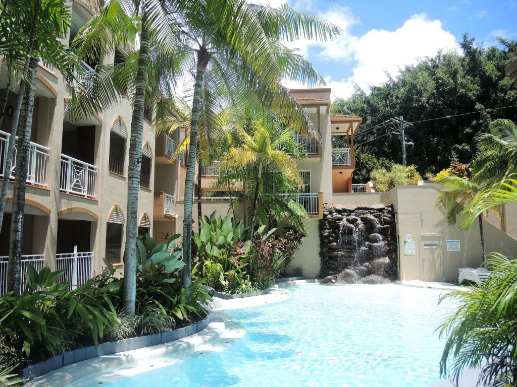 Palm Cove Holiday Unit pool
